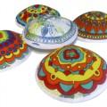 Детские кипы с разноцветными узорами (Пурим)